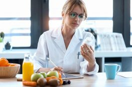 Vitamins, AMD, and The Effects of Supplementation